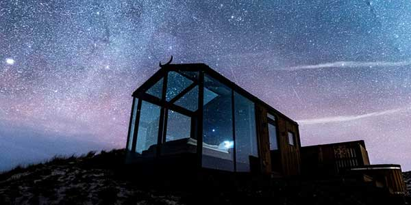 Glass houses, architecture to enjoy the northern lights