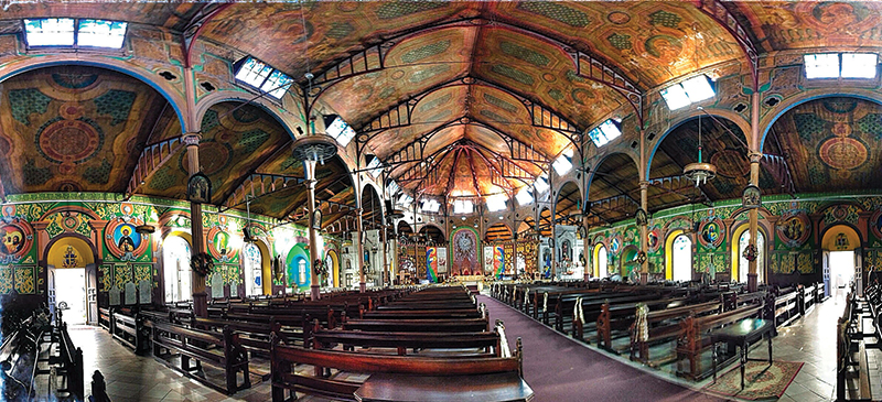 The Basilica shows a mixture of architectonical styles with a Caribbean essence.