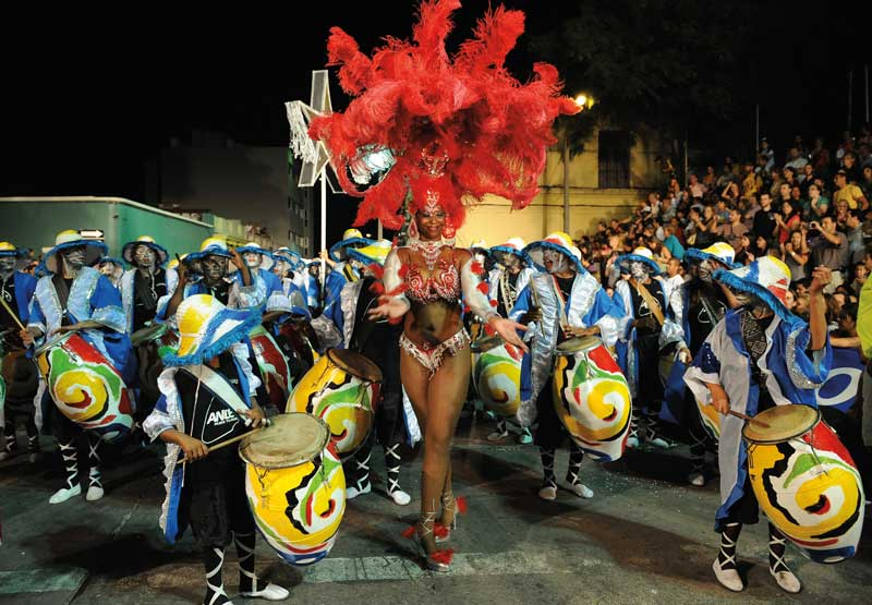 Amura,The Carnival extends across the country, but the main activities take place in Montevideo.