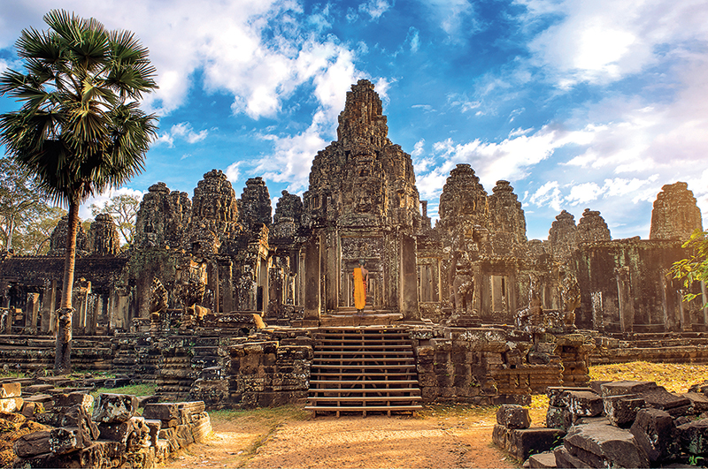 Amura, Camboya, Cambodia, Angkor Wat is the most important symbol of Khmer culture.