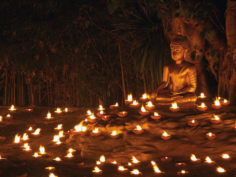 Amura, Camboya, Cambodia, Asalha Puja: a Theravada Buddhist festival celebrated during the full moon of July.