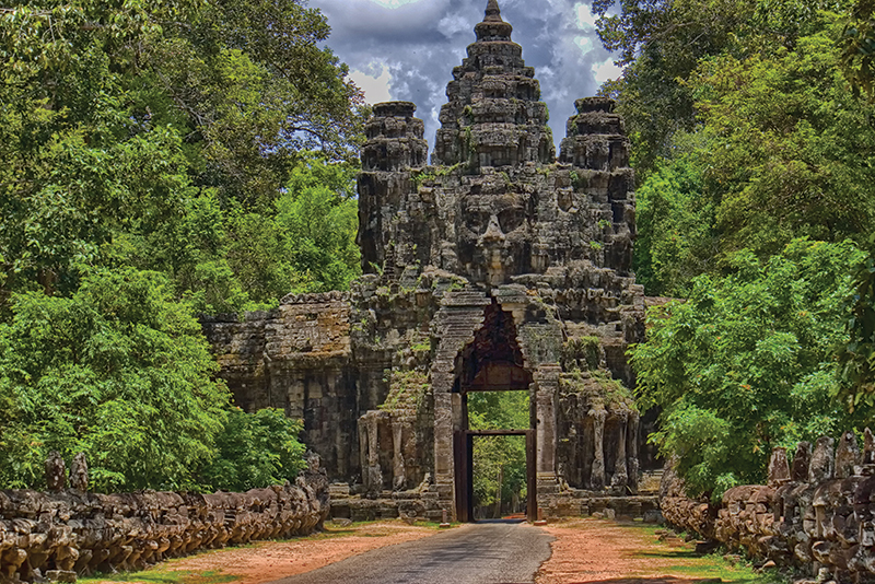 Amura, Camboya, Cambodia, The ruins of Angkor are some of the most ancient in Southeast Asia.