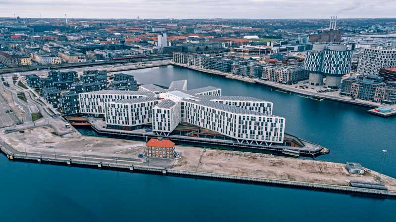 Amura,Dinamarca,Vikingos,Rey Harald,piedras rúnicas de Jelling,daneses,felicidad, The UN City complex in Copenhagen, received the European Commission's Green Building Award in 2012. <br />