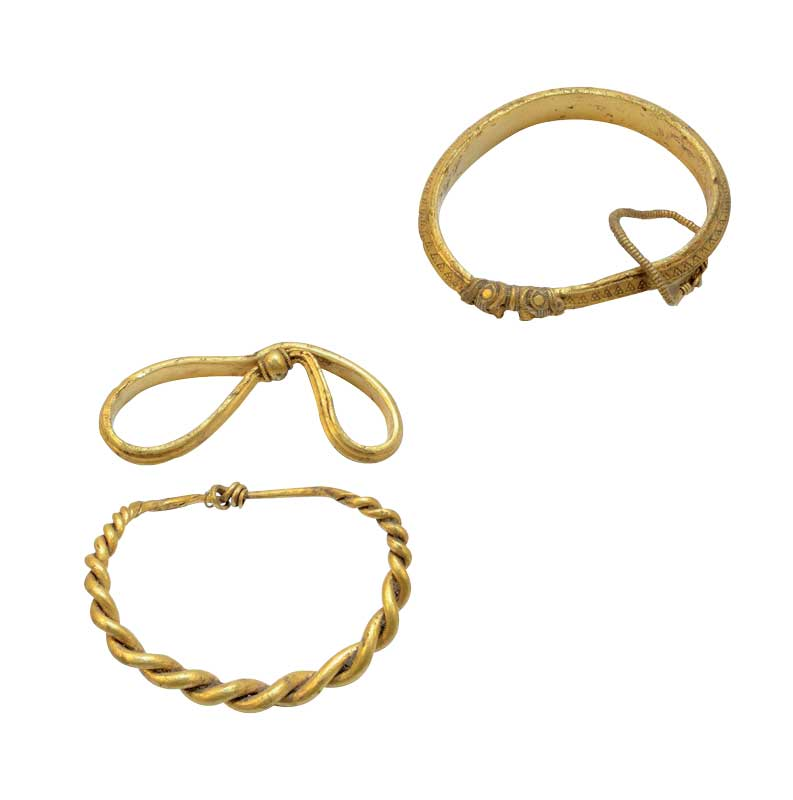 Amura,Dinamarca,Denmark,Vikingos,Escandinavia, Three of the six bracelets that represent a magnificent Viking treasure recently discovered in Denmark.