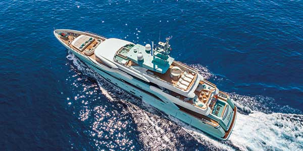 CRN Latona Endless Beauty - CRN Yachts