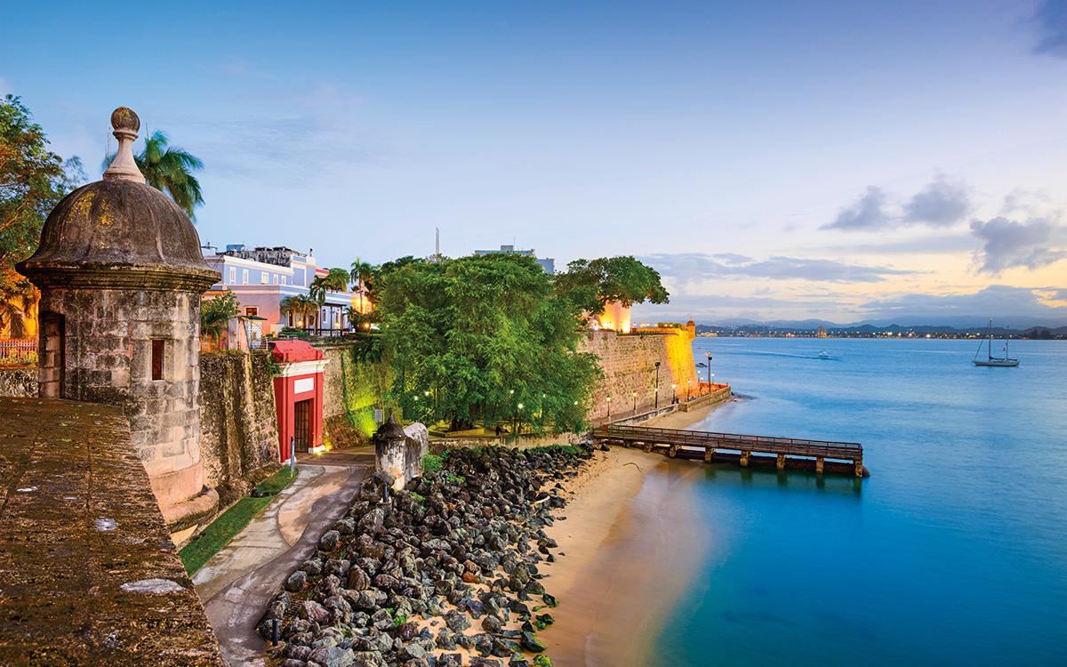 Resultado de imagen para Fotos de Cristóbal Colón arriba a la isla de Puerto Rico